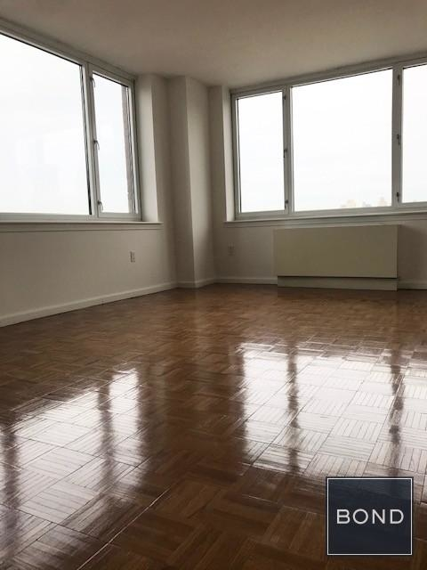 2 Bedrooms, Hell's Kitchen Rental in NYC for $6,115 - Photo 2