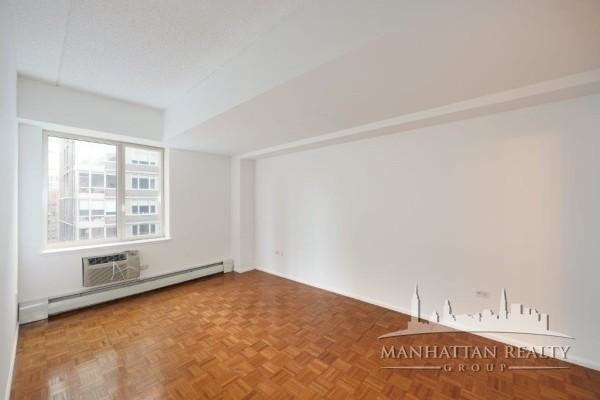 1 Bedroom, Civic Center Rental in NYC for $3,349 - Photo 2