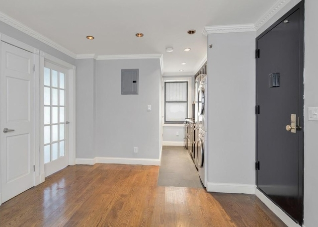 1 Bedroom, Little Italy Rental in NYC for $4,055 - Photo 2