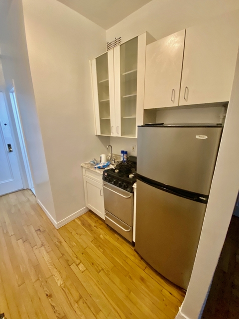 Studio, Upper East Side Rental in NYC for $2,375 - Photo 2