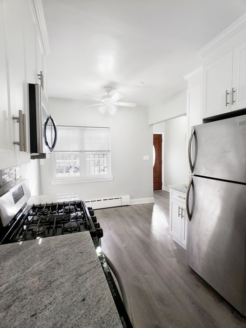 2 Bedrooms, Jackson Heights Rental in NYC for $3,400 - Photo 2