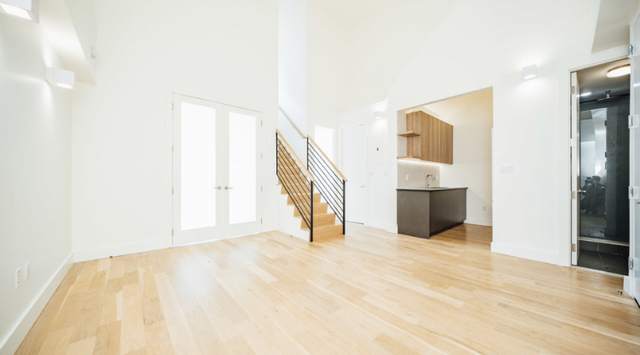 Room, Greenpoint Rental in NYC for $1,250 - Photo 2