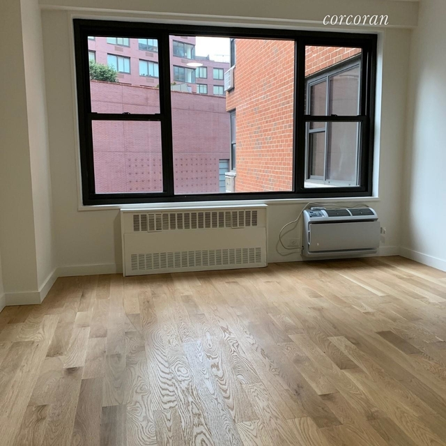2 Bedrooms, Greenwich Village Rental in NYC for $5,400 - Photo 2