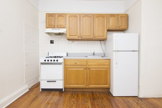 1 Bedroom, Steinway Rental in NYC for $1,600 - Photo 1