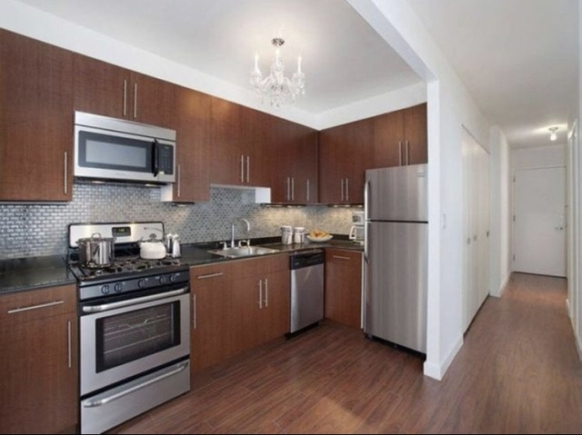 Studio, Financial District Rental in NYC for $3,199 - Photo 2