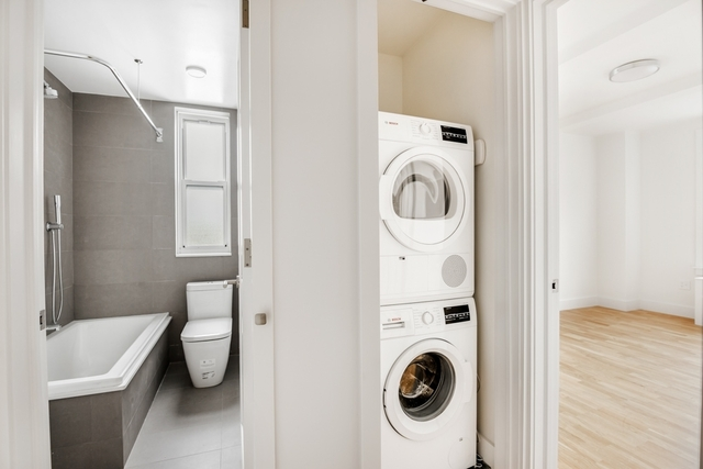 2 Bedrooms, Gramercy Park Rental in NYC for $4,310 - Photo 2