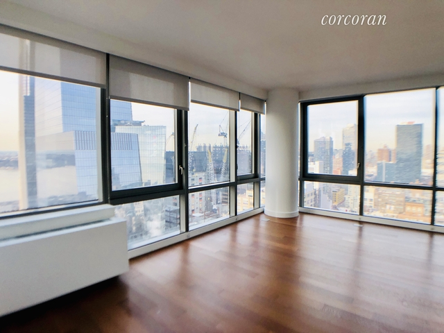 2 Bedrooms, Chelsea Rental in NYC for $5,555 - Photo 1