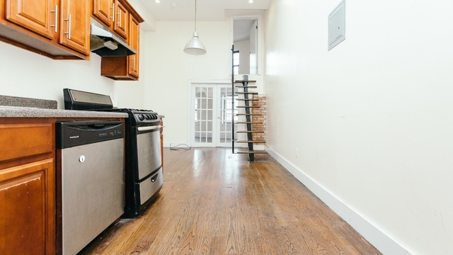 3 Bedrooms, Bushwick Rental in NYC for $2,999 - Photo 1