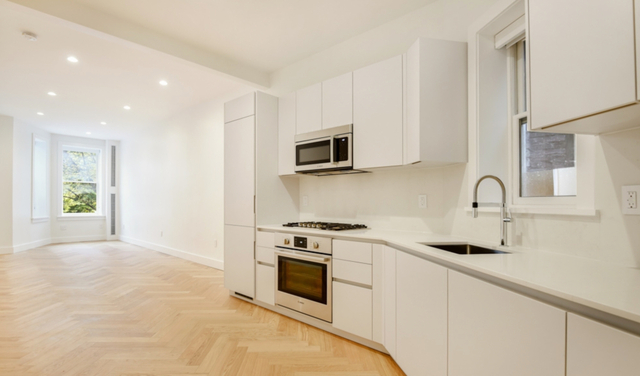 2 Bedrooms, South Slope Rental in NYC for $4,650 - Photo 1