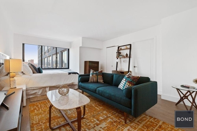 2 Bedrooms, Chelsea Rental in NYC for $13,528 - Photo 1