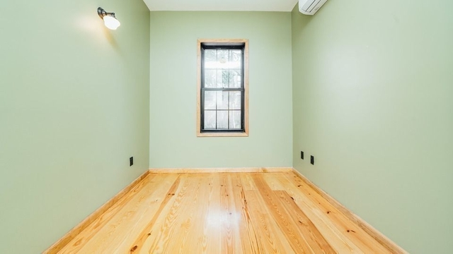 1 Bedroom, Bushwick Rental in NYC for $4,200 - Photo 2