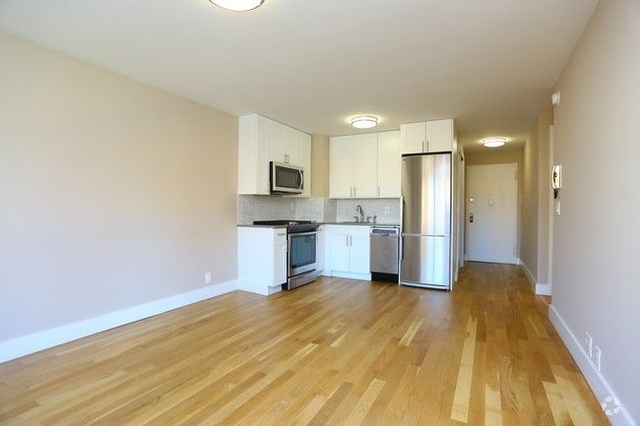 2 Bedrooms, Manhattan Valley Rental in NYC for $4,430 - Photo 1