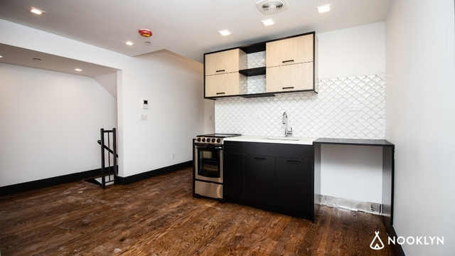 2 Bedrooms, Crown Heights Rental in NYC for $2,578 - Photo 2