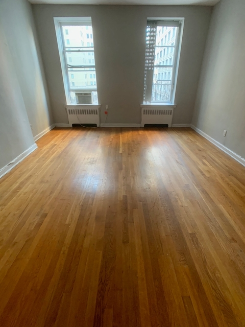 Studio, Upper East Side Rental in NYC for $2,365 - Photo 2
