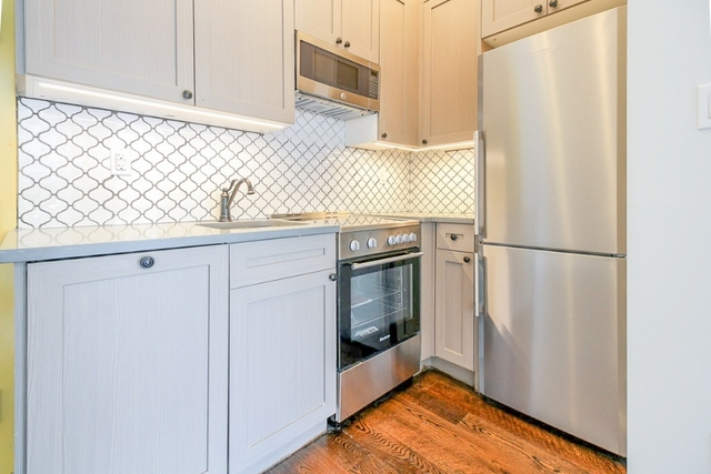 2 Bedrooms, Ridgewood Rental in NYC for $2,499 - Photo 2