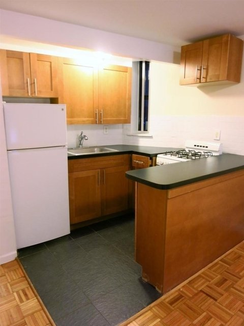 1 Bedroom, Upper East Side Rental in NYC for $2,222 - Photo 2