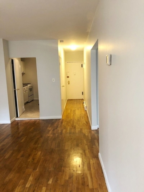 2 Bedrooms, East Harlem Rental in NYC for $2,450 - Photo 2