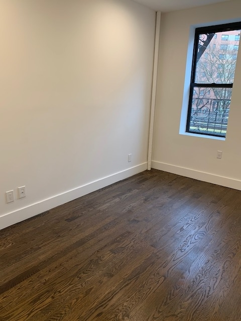 4 Bedrooms, Morningside Heights Rental in NYC for $4,395 - Photo 2