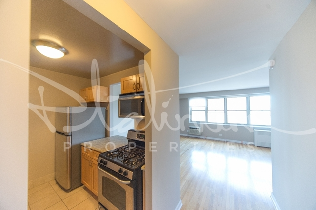 2 Bedrooms, Tribeca Rental in NYC for $4,650 - Photo 2