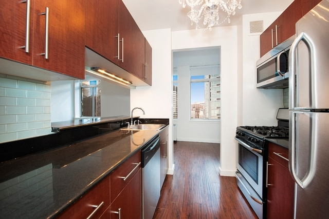 Studio, Financial District Rental in NYC for $3,250 - Photo 2