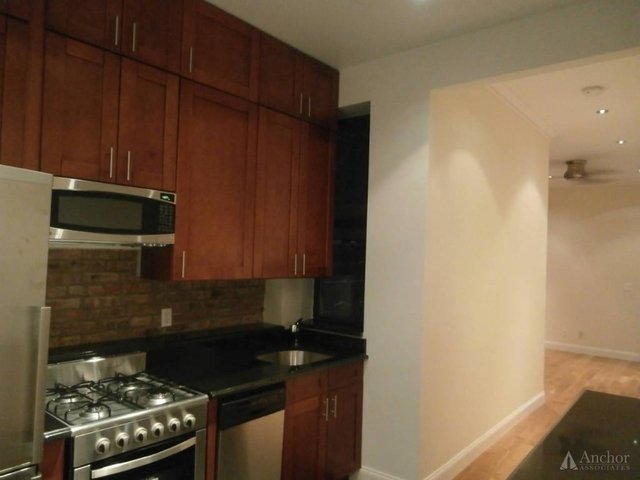 3 Bedrooms, Yorkville Rental in NYC for $4,703 - Photo 1