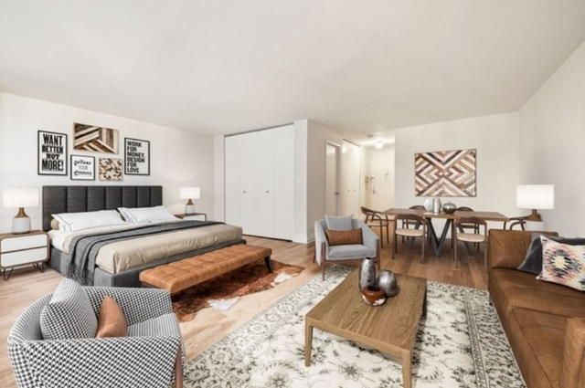 Studio, Theater District Rental in NYC for $3,160 - Photo 1