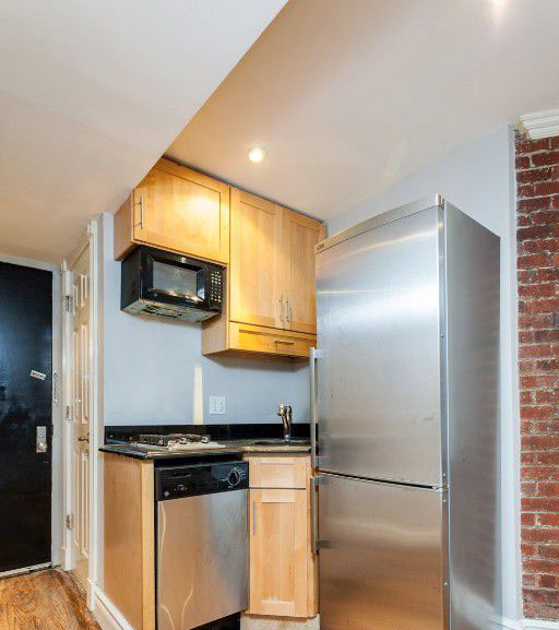 1 Bedroom, Rose Hill Rental in NYC for $31,112 - Photo 2