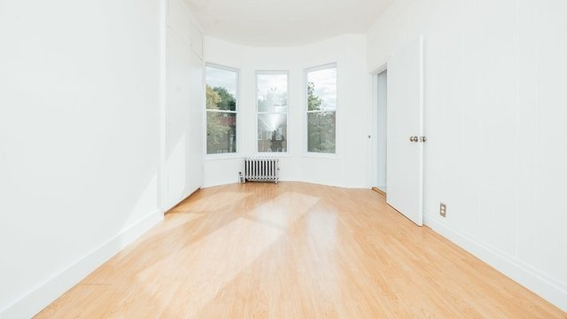 2 Bedrooms, Prospect Lefferts Gardens Rental in NYC for $2,600 - Photo 2