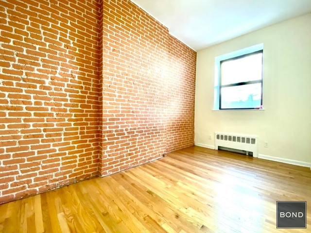 Studio, Yorkville Rental in NYC for $2,025 - Photo 1