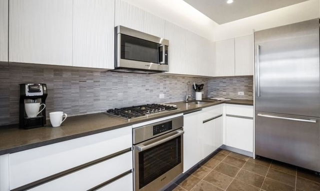 2 Bedrooms, Murray Hill Rental in NYC for $6,390 - Photo 1