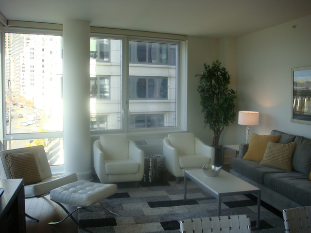 3 Bedrooms, Lincoln Square Rental in NYC for $12,015 - Photo 2