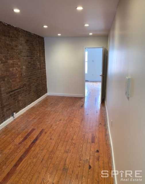 1 Bedroom, Bowery Rental in NYC for $2,899 - Photo 2