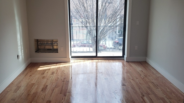 Studio, West Farms Rental in NYC for $1,599 - Photo 2