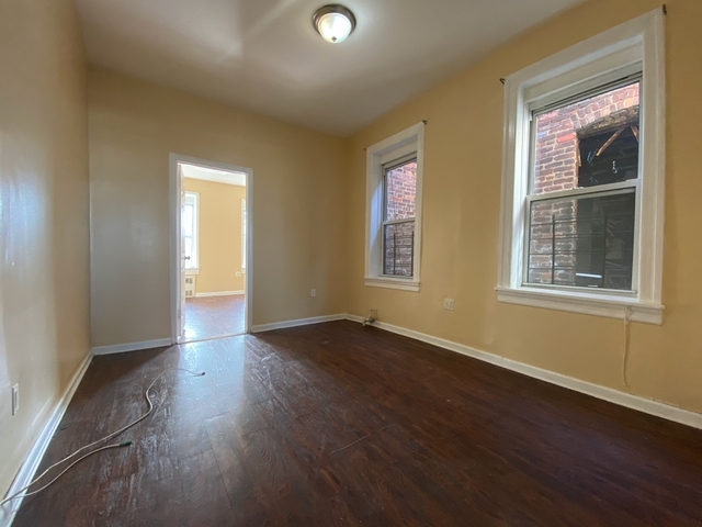 3 Bedrooms, East New York Rental in NYC for $1,900 - Photo 2