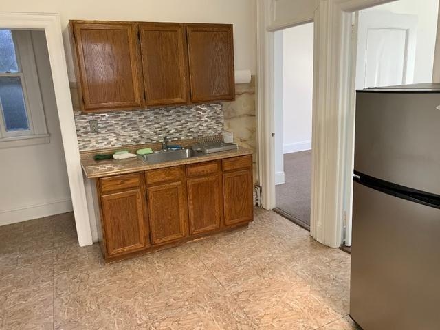 1 Bedroom, Ditmars Rental in NYC for $1,650 - Photo 2
