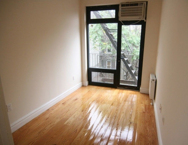 3 Bedrooms, Lower East Side Rental in NYC for $5,695 - Photo 2