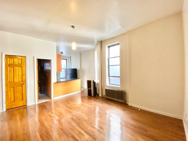 2 Bedrooms, Central Harlem Rental in NYC for $2,395 - Photo 2