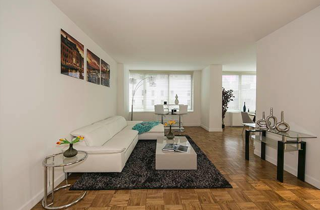 2 Bedrooms, Upper East Side Rental in NYC for $8,195 - Photo 2