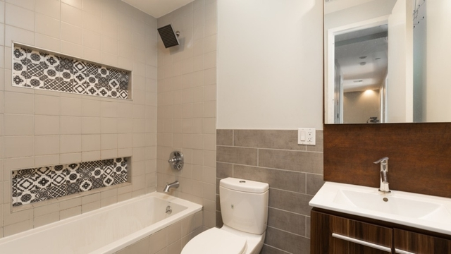 4 Bedrooms, Bedford-Stuyvesant Rental in NYC for $3,110 - Photo 2