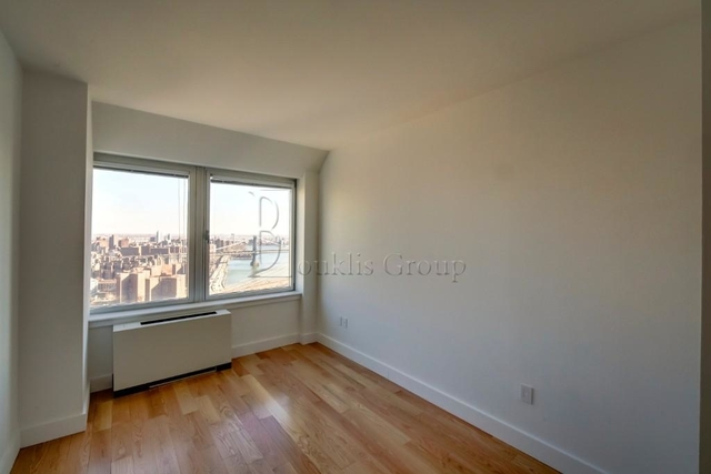 1 Bedroom, Financial District Rental in NYC for $4,150 - Photo 2