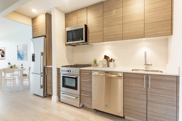 Studio, Theater District Rental in NYC for $3,009 - Photo 1