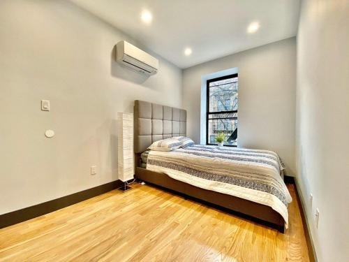 1 Bedroom, Weeksville Rental in NYC for $1,800 - Photo 2