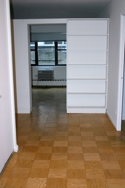 1 Bedroom, Yorkville Rental in NYC for $3,700 - Photo 2