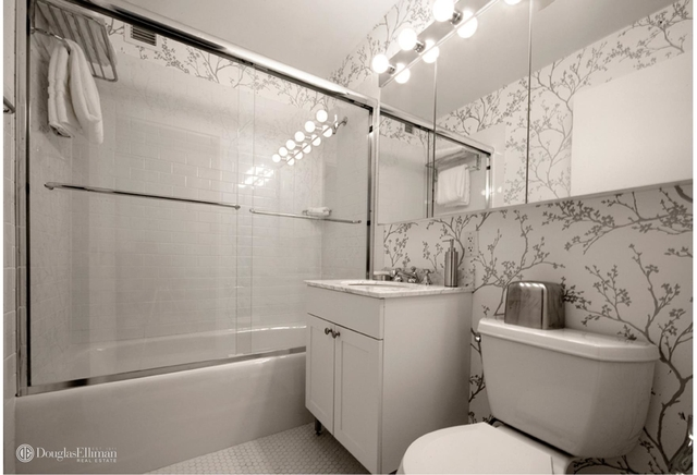 2 Bedrooms, Financial District Rental in NYC for $6,345 - Photo 2