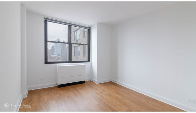 3 Bedrooms, Rose Hill Rental in NYC for $6,367 - Photo 2