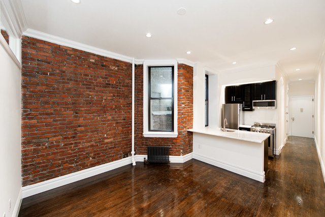 2 Bedrooms, East Village Rental in NYC for $4,492 - Photo 2