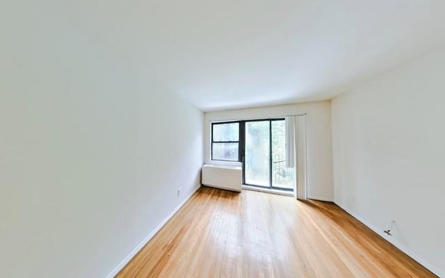 Studio, Yorkville Rental in NYC for $2,250 - Photo 2