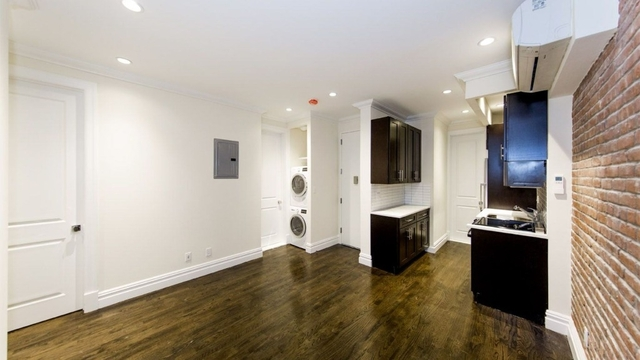 3 Bedrooms, East Village Rental in NYC for $6,141 - Photo 1