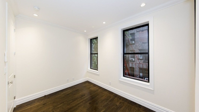 3 Bedrooms, East Village Rental in NYC for $6,141 - Photo 2