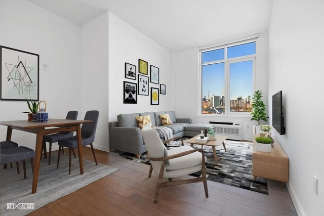 1 Bedroom, Greenpoint Rental in NYC for $3,256 - Photo 1